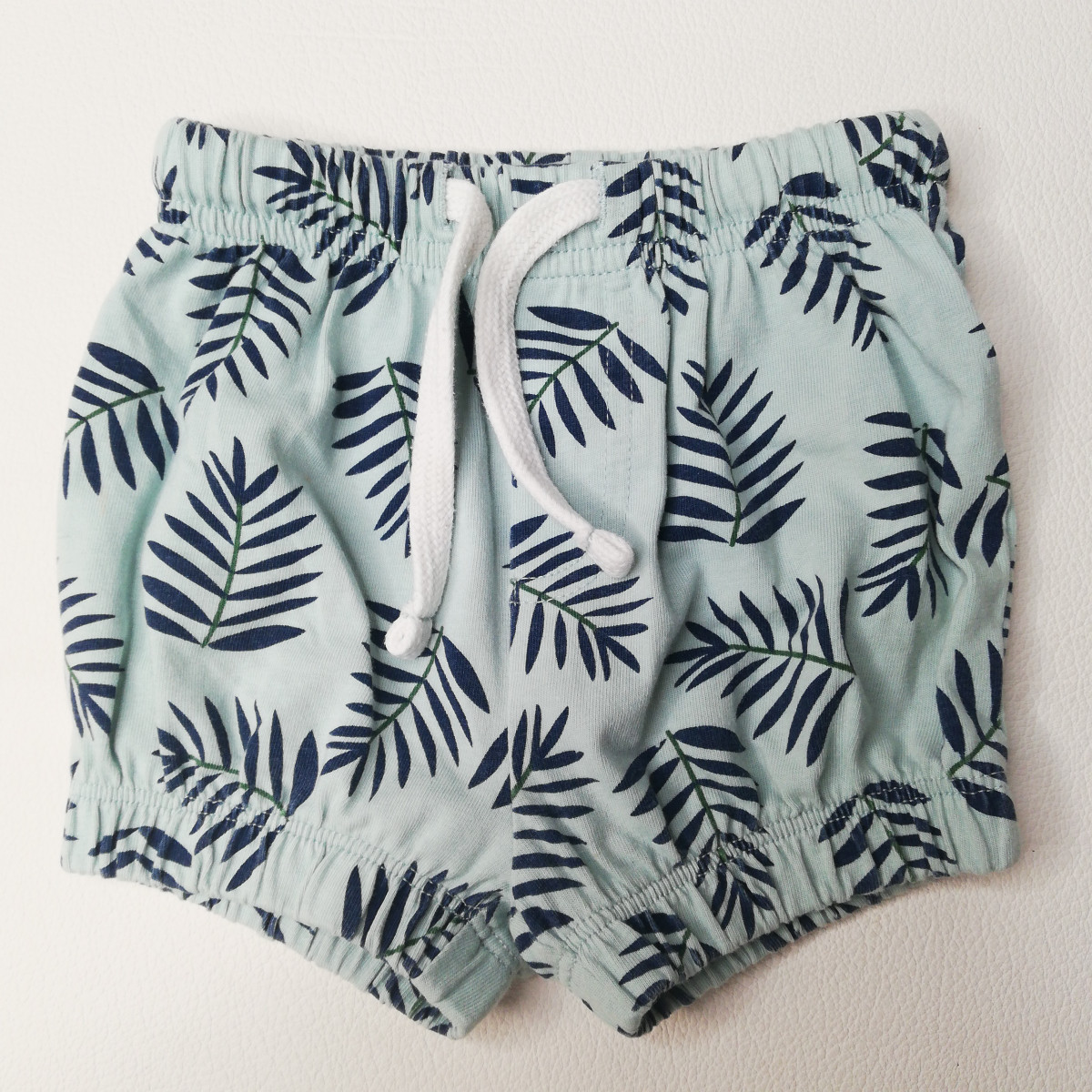 Shorts, Bermudas - photo 11